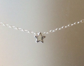 Single Star Necklace Silver