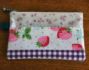 Oilcloth Card Wallet, Coin Purs, ID Wallet, Business Card Case - Glossy Strawberry