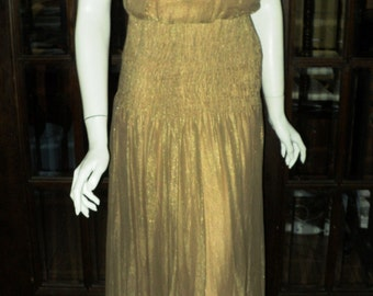 Late 1920's Gold Lame Gown Sleeveless Low Back Embellished with Peach Velvet Rosebuds on Back and Hem Ruched Waistband