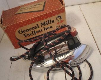 1940s Vintage Iron Tru Heat General Mills Betty Crocker WORKS