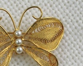 Napier Butterfly Brooch Pin Faux Pearl Filigree Wing Vintage 50s Costume Jewelry