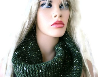 Hunter Green  HARASHO winter infinity scarf-Hunter Green men scarf-Hand knitted simplicity cowl, Warm winter scarf- best friend gift