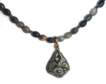 Agate and Ceramic Necklace. Ceramic Pendant. Simple. Short. Choker N12