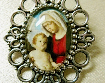 Mary and child brooch - BR04-105