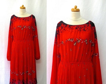 1970s Vintage Pleated Jersey Dress / Red & Black Oriental Floral Print Dress