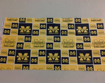 University of Michigan Wolverine Fabric 245470