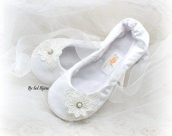 White Ballet Flats, Wedding Flats, Wedding Reception, Ballet Slippers, Vintage Wedding, Flats, Satin Flats, Flower Girl, Crystals, Pearls