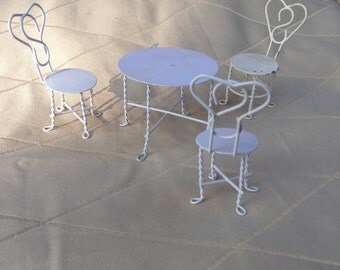 Bistro Cafe table with chairs