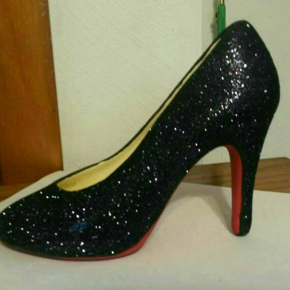 ceramic high heel shoe bottom with black glitter