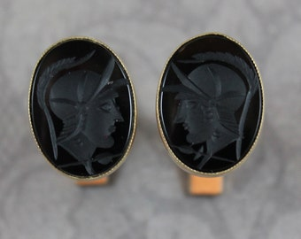 Vintage 14K Yellow Gold Black Onyx Warrior Intaglio Oval Cuff Links