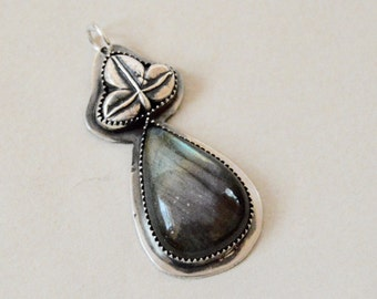 Sterling Labradorite Pendant . South Western . Handmade  . Supplies . Relics