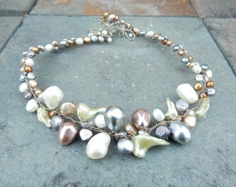 ABRA Couture Faux Pearl Wire-Wrapped Choker Necklace (RK)