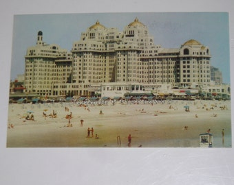 Used Picture Postcard The Traymore On The Boardwalk Atlantic City New Jersey Hotel Post Card