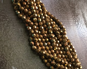 Vintage metallic gold bronze faceted glass  beads  7mm  1940s