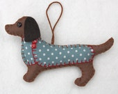 Dachshund Christmas ornament,Felt dog ornament,Felt Christmas ornament,Dog Christmas Ornament,Handmade felt Dachshund,Mitzi. CIJ