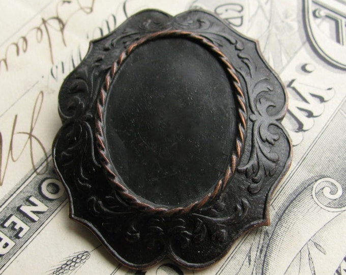 25x18mm brooch mount, pin setting, black antiqued brass frame, noir patina, dark aged patina, oval blank, 18x25 18mm 25mm 18 25