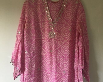 20% OFF SALE Gypsy Pink Silk Tunic •  Vintage Top • Bohemian Top • Flowy Tunic •  Free Size