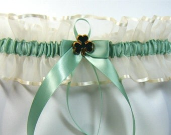 IRISH SHAMROCK Wedding garter Ivory Sage Green Garters keep