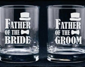 Father of Bride Groom Glasses, Etched Champagne Flutes, Etched Wedding Glasses, Personalized Gift, Champagne Glasses, Etched Whisky Glass