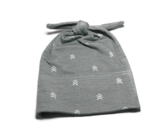 Gray Baby Hat Modern Top Knot Infant Cap Hospital Homecoming Grey Pull-On Newborn Hat Soft Stretchy Gray Knit Baby Hat with Mini Chevrons
