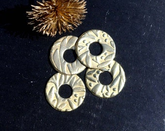 Donut of Brass With Textured of Leaves 14mm x 5mm