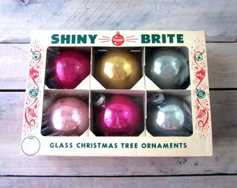 Vintage Shiny Brite Ornaments in Original Box Set of 6