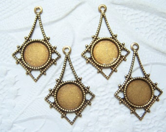 Antiqued brass filigree drops with 7mm round setting, lot of (4) - NJ132