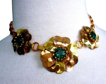 1940s Floral Link Necklace with Alternating Copper and Brass Colored Metal Leaves and Links - Faceted Center Emerald Glass Stones