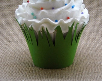 Jungle GREEN Grass  Cupcake Wrappers...Set of 12... Completely Assembled, Bugs, Dinosaur, Jungle Party, Safari, Horse, Pony