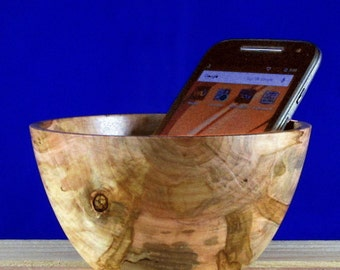 Small Decorative Ambrosia Maple bowl - for home or office
