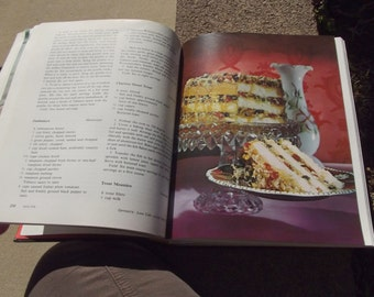 First Edition Heritage Cookbook New York Times by Jean Hewitt 1972 Hardcover - GREAT cookbook!