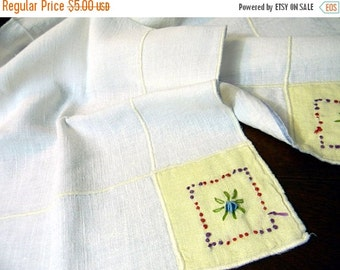 Vintage Table Cloth, Card Tablecloth, Vintage Linen, Embroidered Tablecloth 8476