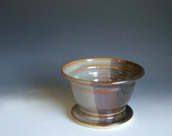 Hand thrown stoneware pottery serving bowl  (SB-61)