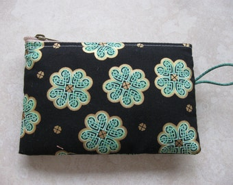celtic knot shamrocks with gold padded makeup jewelry bag