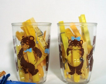 Glasses 2 Vintage Sour Cream Tumblers Dancing Bears Brown Blue