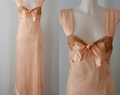 1930s Lingerie, 1930s Nightgown, Wedding, Romantic, Pale Peach, Long Satin Nightgown, Vintage Nightgown, Vintage Nightgowns