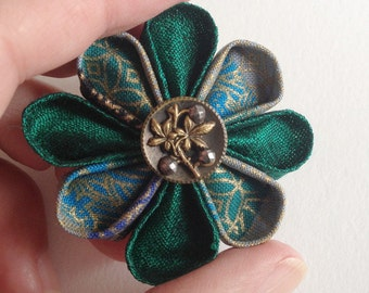 Small Lapel Pin Emerald Green Silk Boutonniere with Leafy Vintage Button