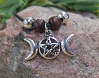 Triple Moon Necklace, Triple Moon Pendant, Pentacle Moon Pendant, Witchcraft, Wiccan Jewelry, Crescent Moon, Pentacle Pendant, Goddess