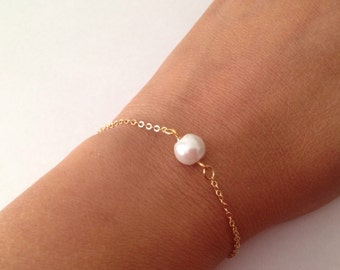 Single Gold/ Rose Gold  Floating Pearl Bracelets - suitable as Bridesmaid Pearl Bracelet Gift, Floating Pearl Bracelet, Bridesmaid Gift