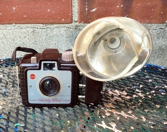 Vintage Kodak Brownie Holiday Flash Camera - Brown