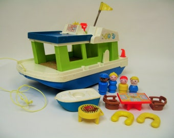 SALE! Vintage Fisher Price Houseboat (2)