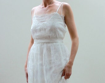 Wedding Dress SAMPLE SALE -- Ivory Corded Lace Wedding Dress