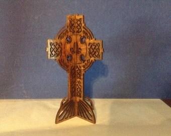 3D Standing Celtic Cross