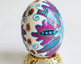 Pysanka Ukrainian Easter eggs, chicken egg shell hand painted batik