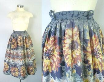 1940s 1950s Sunflower Cotton Skirt Full With Metal Zipper