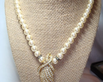 1989 DESIGNED by PAULA Faux Pearl and Rhinestone Necklace.