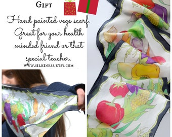 Gifts for vegans vegetarians health freaks, vegetable wearable silk art