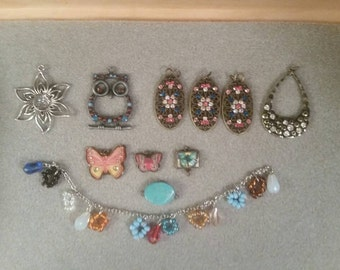 Lot of 8 Pendants PLUS