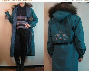 FALL SALE 70s INUIT Real Fur Embroidered vtg Floral Jade Green Cotton Drawstring Winter Eskimo Hooded Hood Midi Coat Pom Poms Small Medium 1