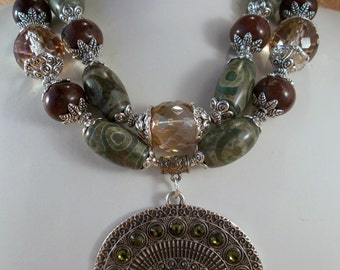 Gypsy Cowgirl Necklace Set - Chunky Agate - Brown Howlite and Crystal - Tribal Style Pendant